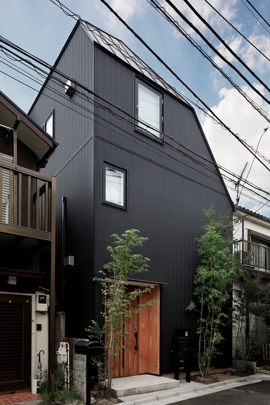 Asagaya Light Eco House / KH Architects, © Naoomi Kurozumi