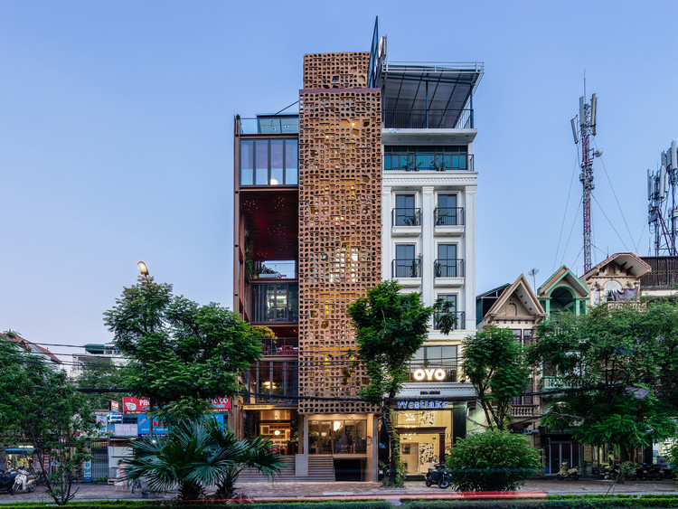 Organic Cafe / G8A Architecture & Urban Planning + VUUV Architecture and Interior Design, © Quang Dam
