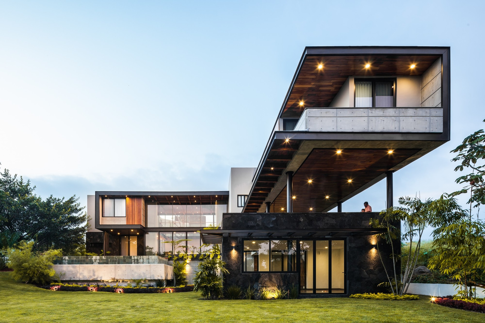 Gallery of Kaleth House / Di Frenna Arquitectos - 1
