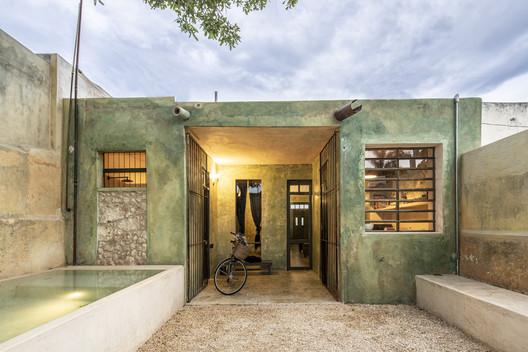 Casa Vagantes / Arista Cero + Gina Góngora