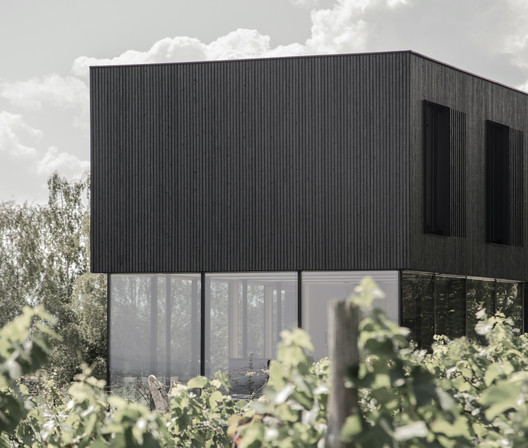 AVOS – the little Black House / STEINBAUER architektur+design