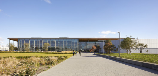 Advanced Product Creation Centre / Bennetts Associates