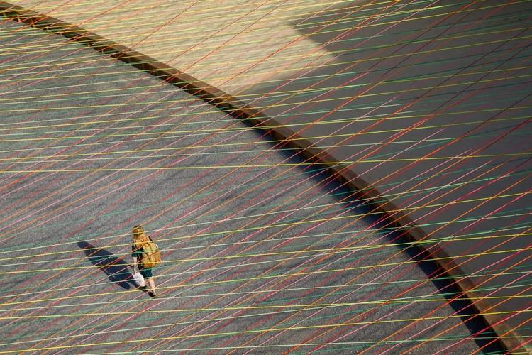 """Escobedo Soliz: """"Con cada proyecto buscamos otras narrativas, otras formas de escribir la arquitectura"""", MoMA PS1 YAP 2016 - Weaving the Courtyard / Escobedo Soliz Studio. Image © Rafael Gamo"""