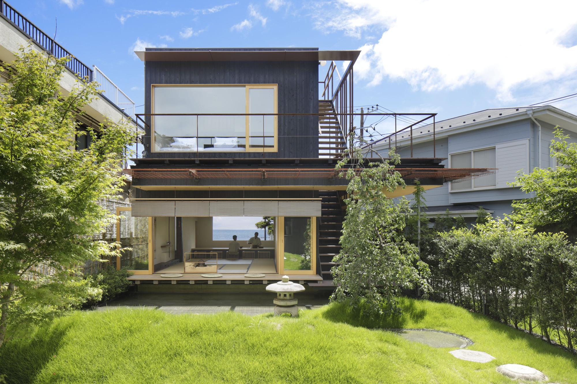 Modern Ryokan Kishi-ke Guest House / G architects studio