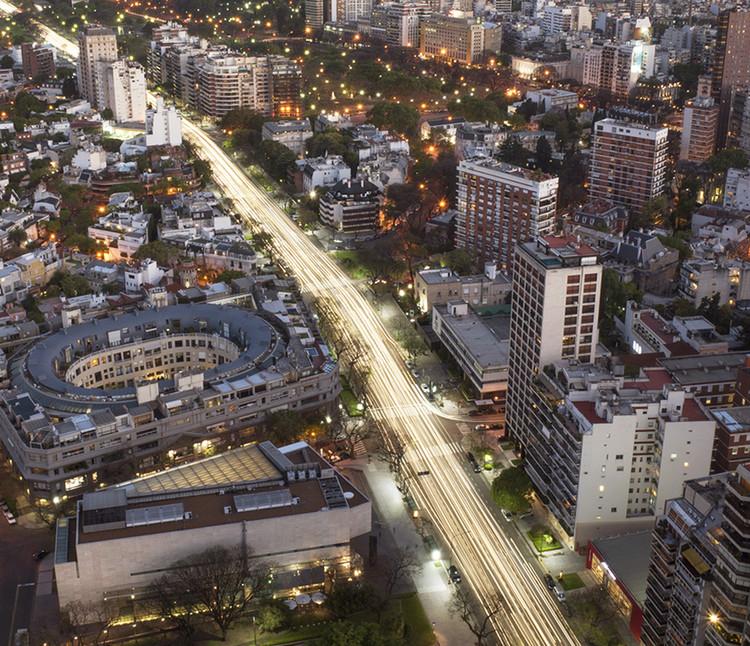 Un mapa tridimensional de toda la ciudad de Buenos Aires, disponible para su descarga y visualización, © Jimmy Baikovicius [Fickr] bajo licencia CC BY-NC-ND 2.0