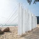 Harmony of sand dunes and steel plates (underwent anodic oxidation). Image © Bai Yu