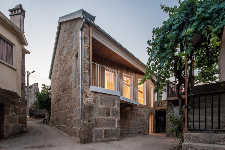 Renovação da Casa Saa / MOL Arquitectura, © Héctor Santos-Díez