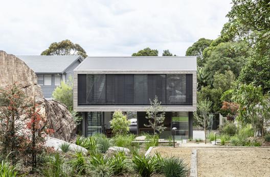 Cooks River House / studioplusthree