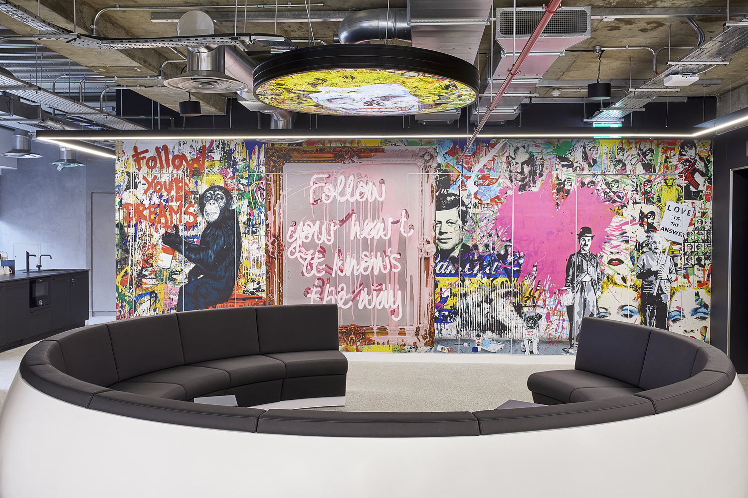 Sports Direct's New London Offices / PENSON