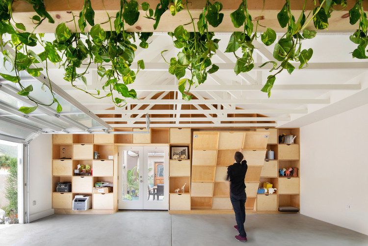 San Diego Garage Conversion / Losada Garcia Architects + Prismatica + ModernGrannyFlat, © Rachel Pangi