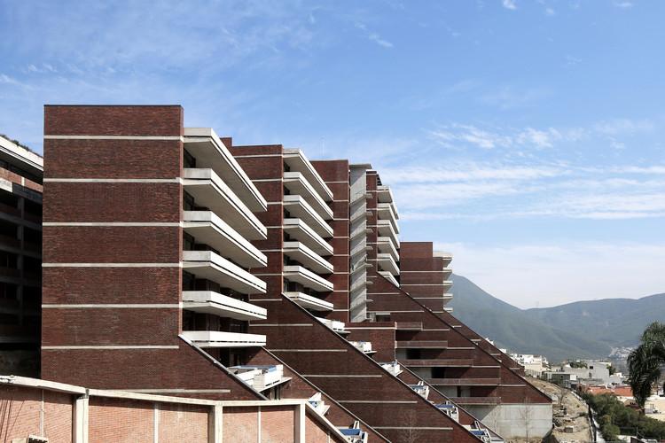 Edificio Las Terrazas / Landa + Martínez Arquitectos, © Agustín Landa Ruiloba