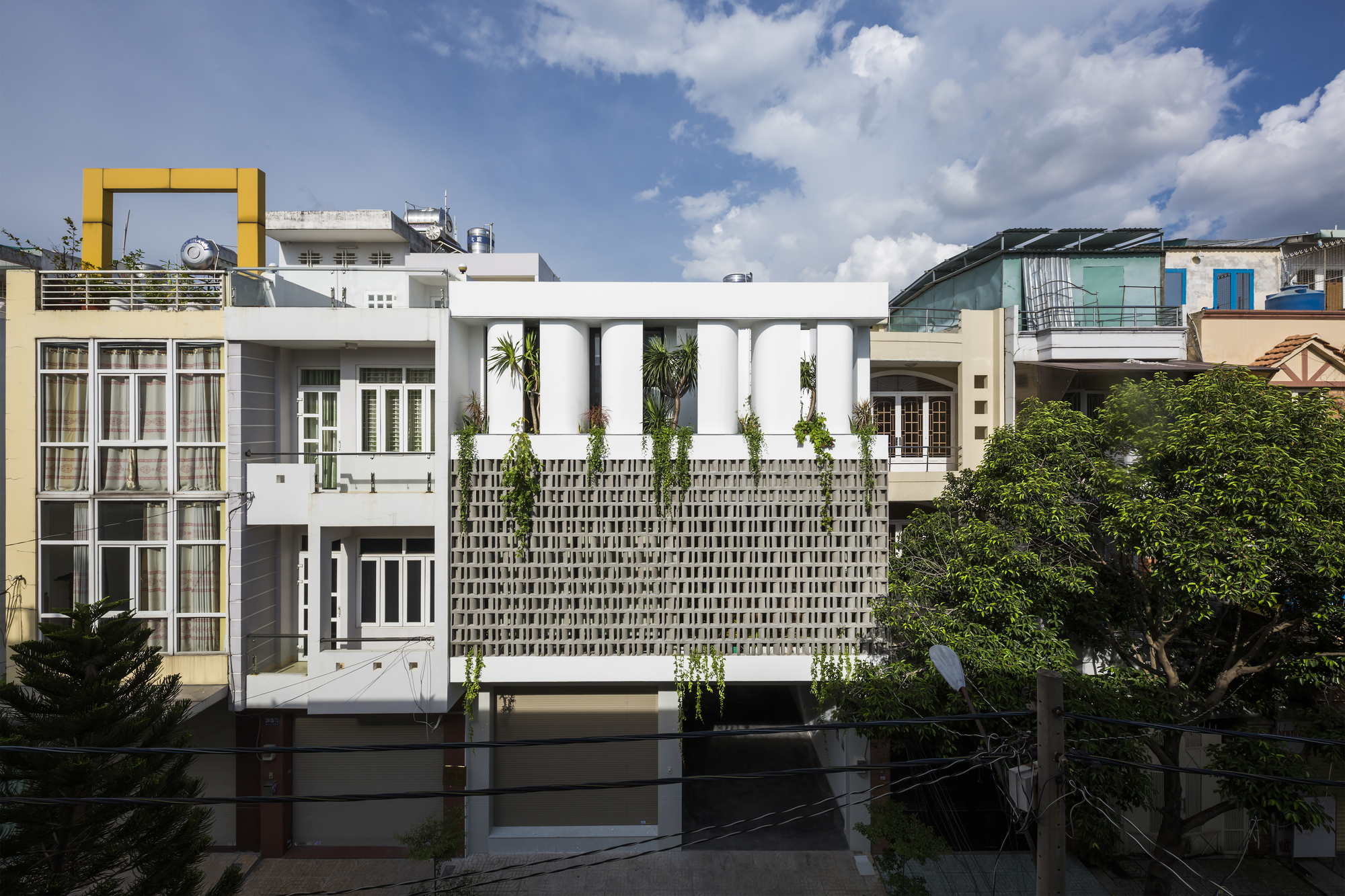 House for a Daughter / Khuon Studio