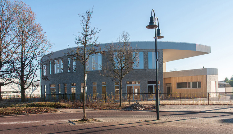 School de Brug  / UArchitects + Lens°ass architecten, © Daan Dijkmeijer