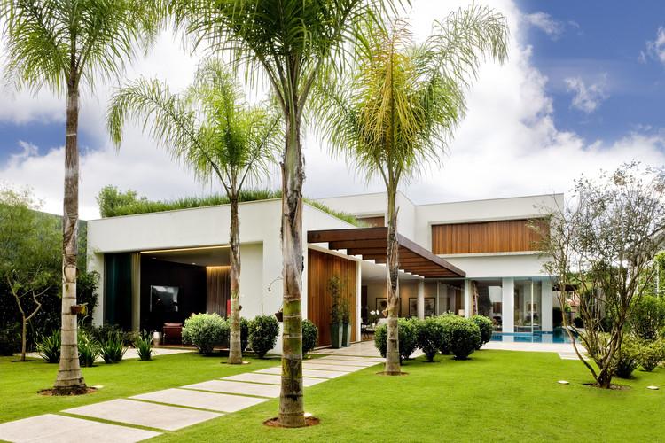 Casa Corten / MAAI Arquitetos Associados, © Edgard Cesar