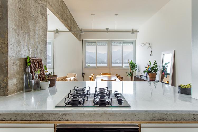 Instalaciones de gas: Conceptos básicos para la arquitectura, Apartamento Marchi / Rodrigo Bocater. Image © Luiza Schreier