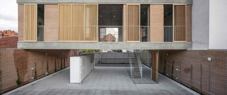 Casa sobre un patio / Ayllón Paradela Deandrés Arquitectos, © Miguel Fernández-Galiano