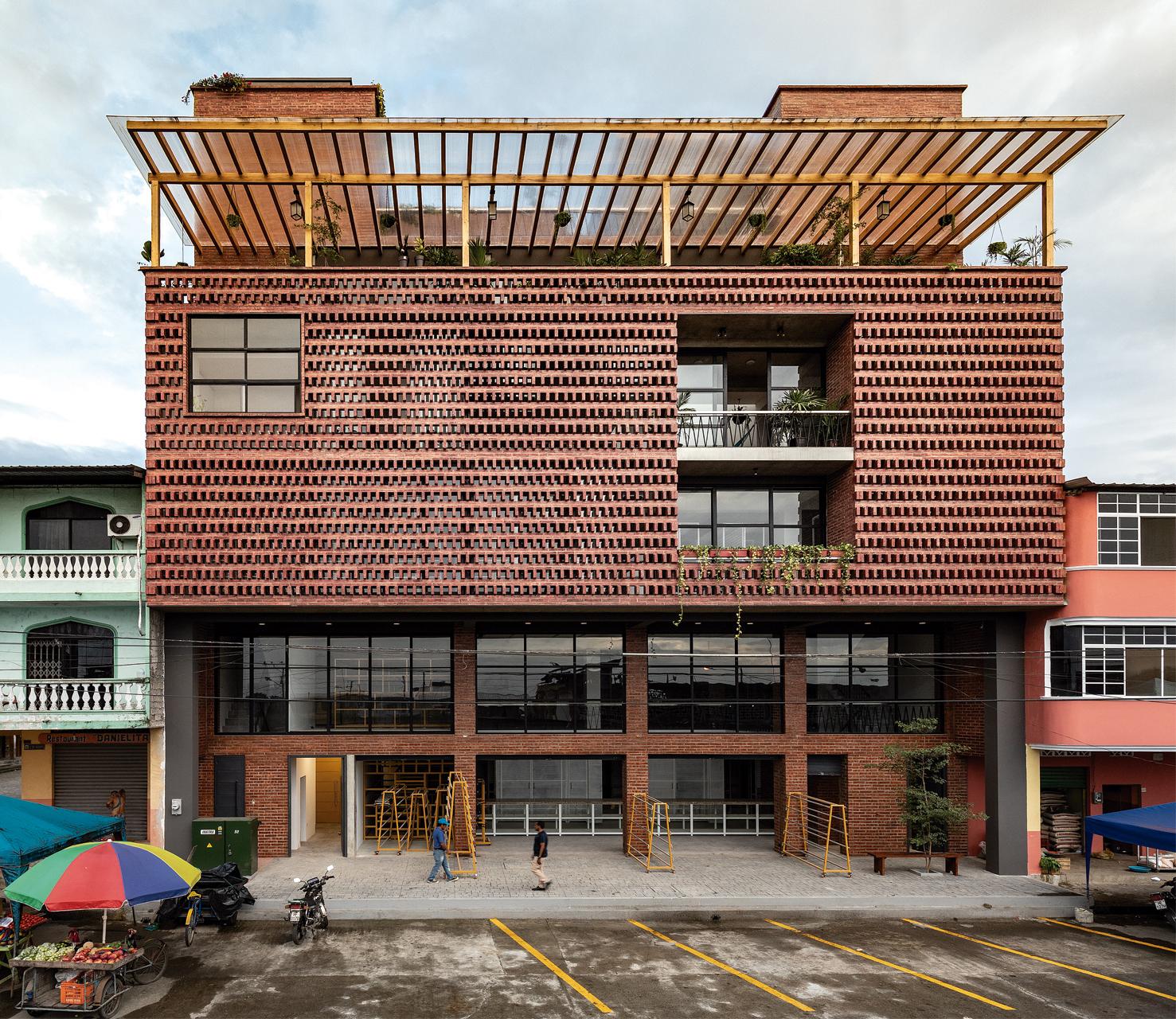 The Provider Productive Center / Natura Futura Arquitectura