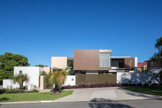 Casa Barnard / Daniel Lomma Design