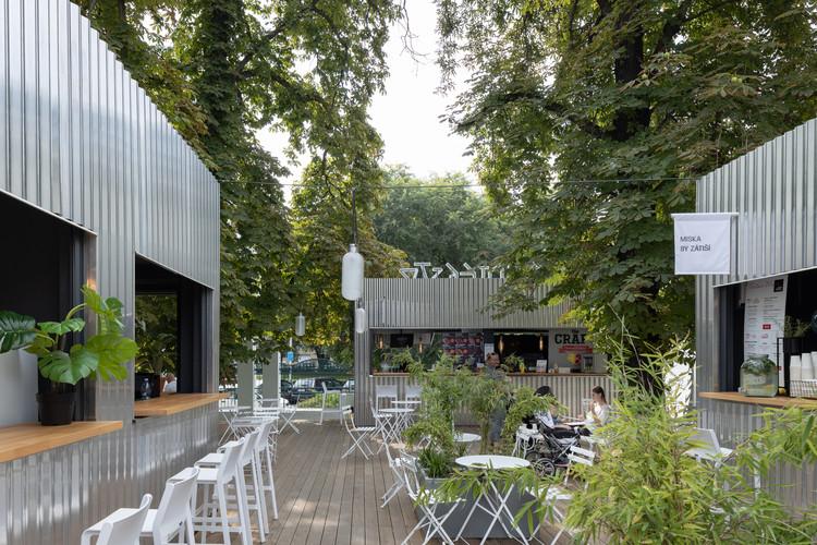 Manifesto Market / Chybik+Kristof Architects & Urban Designers, © Alex Shots Buildings