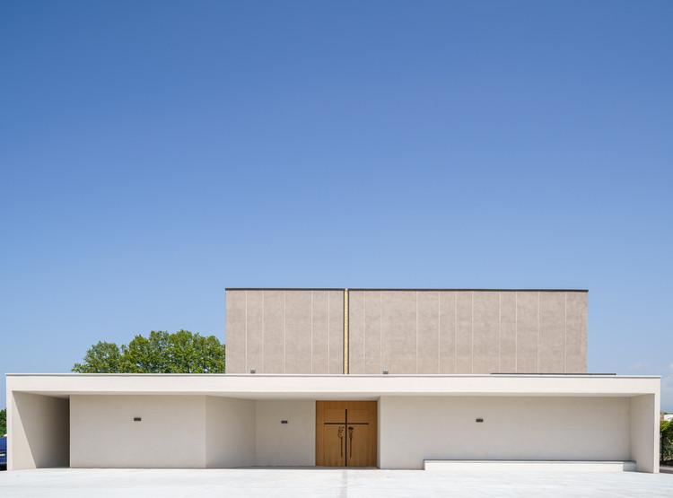 Resurrection Parish Complex  / TAMassociati, © Andrea Avezzù