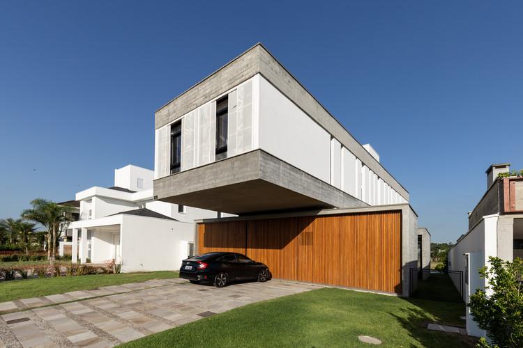 Casa TR1215 / BR3 Arquitetos, © Marcelo Donadussi