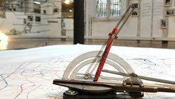 Exposición Path to Heaven: Una reflexión sobre el dibujo a mano y máquina