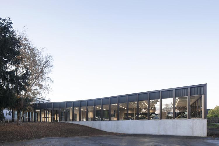 Cafetería escolar y salón multiuso / LT2A, © Johny Umans