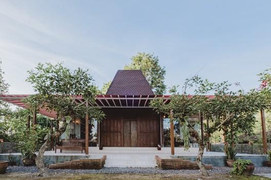 Casa Joglo Ngebo / Umran Studio