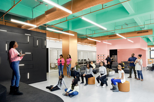 Black Girls Code: Danish Kurani Designs a New York City Tech Lab for Young Women