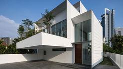 01 facade001