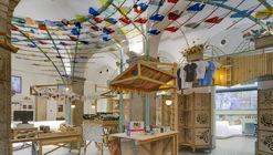 Made in Madrid! Giftshop and Tourist Point / Izaskun Chinchilla Architects