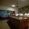 07   Kitchen - Pia's Villa / MMGS ARCHITECTS: Biệt thự hiện đại trên đồi với không gian thoáng tự nhiên