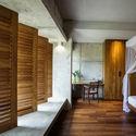 08  Bedroom - Pia's Villa / MMGS ARCHITECTS: Biệt thự hiện đại trên đồi với không gian thoáng tự nhiên