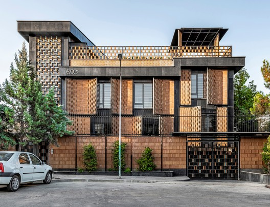 Khesht-Baf House / Imagearchitects