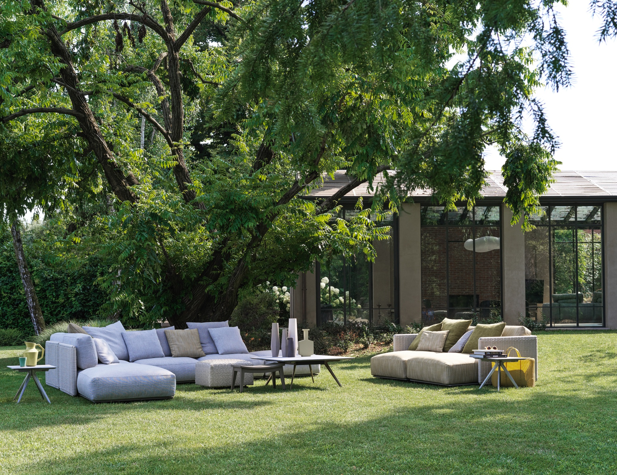 Tips For Choosing Comfortable And Enduring Exterior Furniture Archdaily