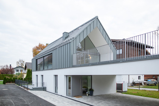 2inOne House / Haro Architects