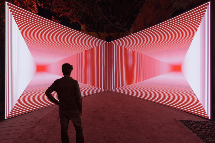 12 instalaciones de arte que exploran los límites entre la luz y el espacio, Onion Skin / Olivier Ratsi. © Olivier Ratsi [ANTIVJ, Fr]
