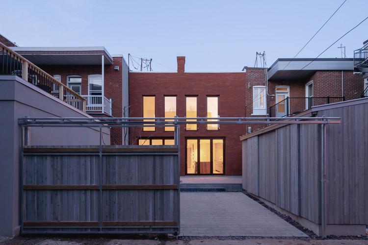 Brick House / Natalie Dionne Architecture, © Raphaël Thibodeau