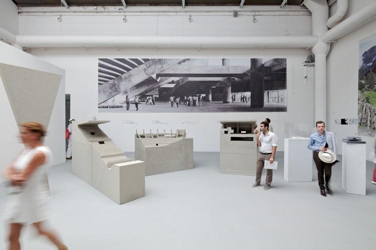 Выставка «Arquitetura como Nova Geografia», премьера в честь праздника в Венеции 2012 года. Imagem © Нико Сайех
