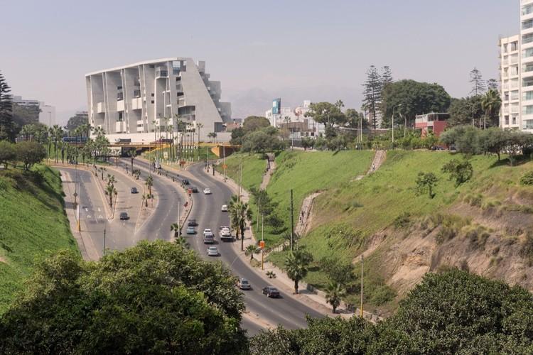 Университетский кампус UTEC в Лиме, Перу. Изображение © Iwan Baan