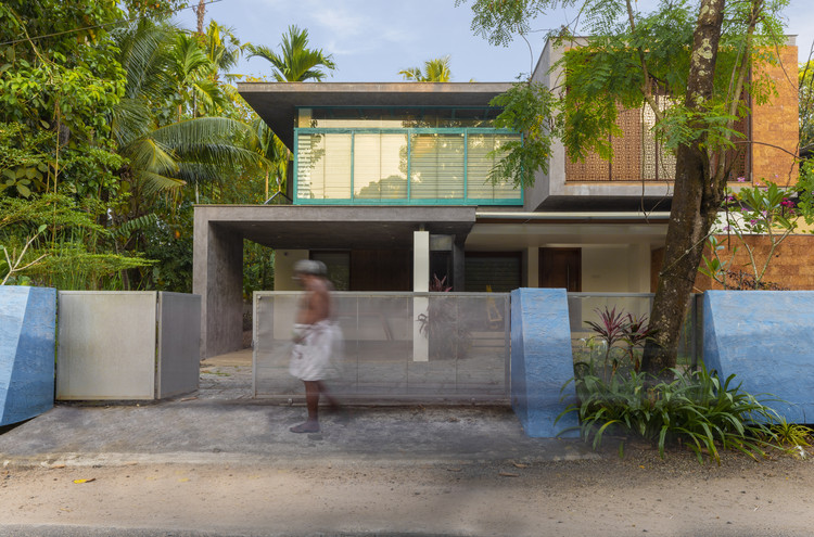 Manjadi House Of The Bead Tree No Architects Designers And Social Artists Archdaily