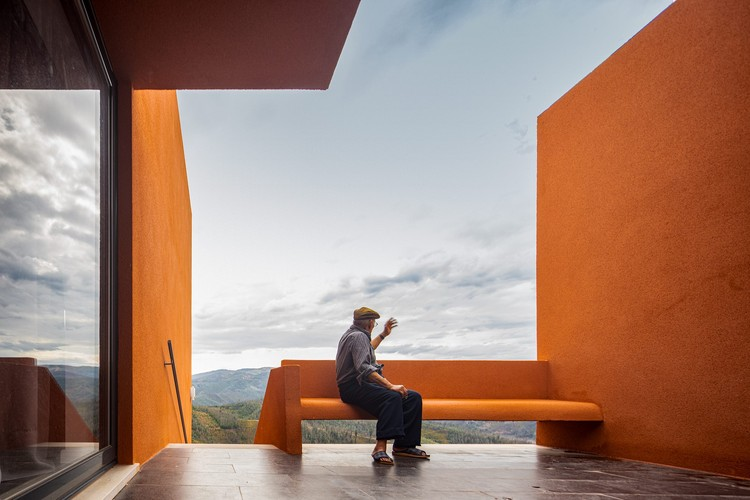 Manuel Valente House / ateliermob, © Fernando Guerra | FG + SG