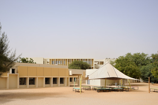 Lycée Français Théodore Monod / Segond-Guyon Architectes