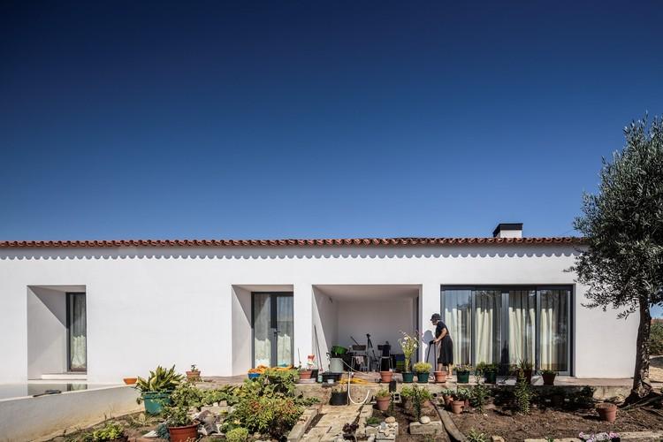 Casa da Eduarda Miranda / ateliermob, © Fernando Guerra | FG+SG