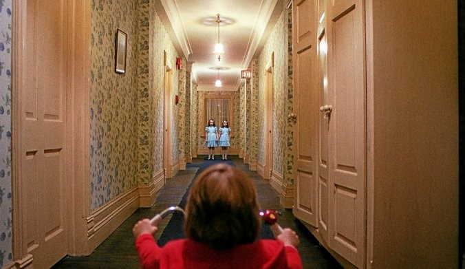 "Hall of ""The Shining"". Screenshot"