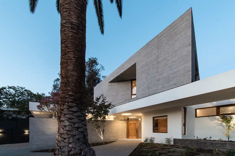 Casa NG / Lambiasi + Westenenk Arquitectos, © Tomás Westenenk