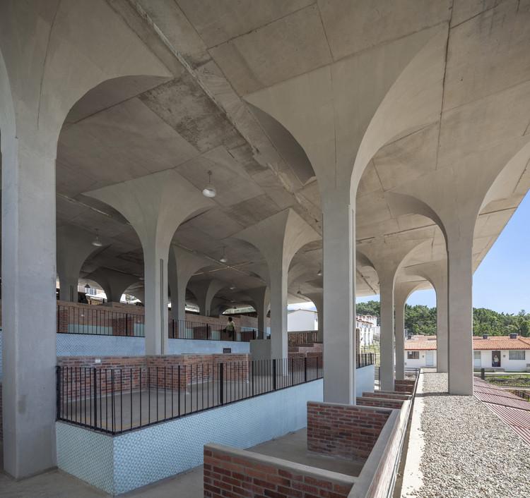 Gramalote Market Square Niro Arquitectura Oau Oficina De Arquitectura Urbanismo Archdaily