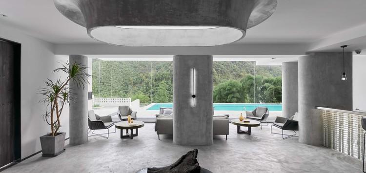 MOYE Hotel / FUN UNIT DESIGN, living room. Image © Zheng Shi