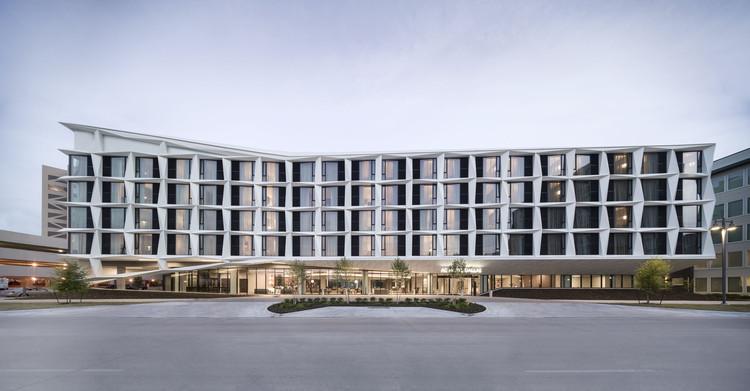 Hotel AC Dallas / 5G Studio Collaborative, Cortesía de Adam Mørk