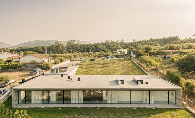 Tojal House / Contaminar Arquitectos, © Fernando Guerra - FG+ SG